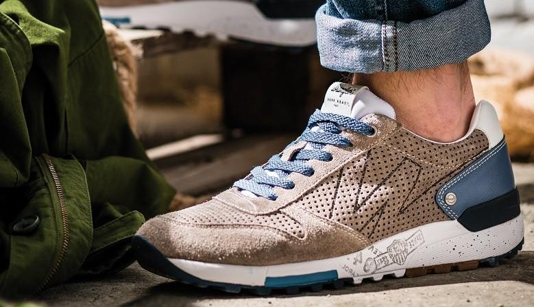Wedge Sneaker Suede
